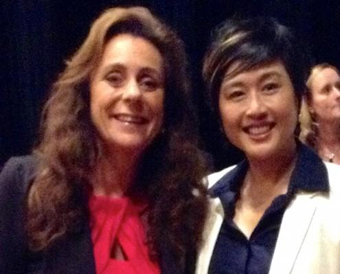 Bertine ontmoet Jenn Lim, CEO van Delivering Happiness en tevens chief happiness officer. En Lim was mede-creator van het beroemde managementboek 'Delivering Happiness' van Tony Hsieh, de oprichter van online retailer Zappos.